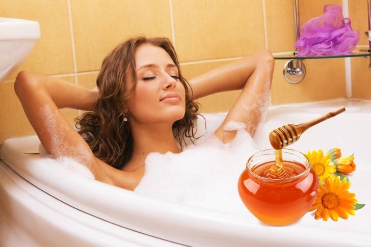 bathing with honey