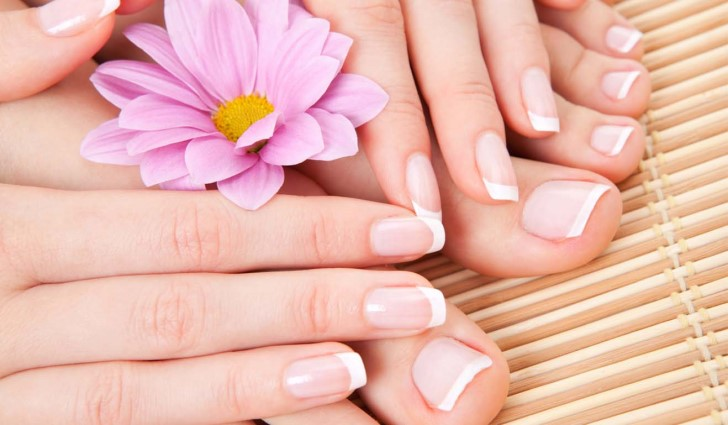 stronger-nails-with-coconut-oil