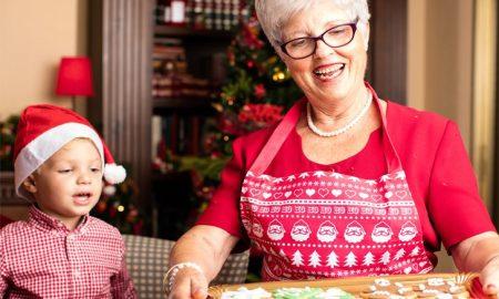 grandma-with-grandchild